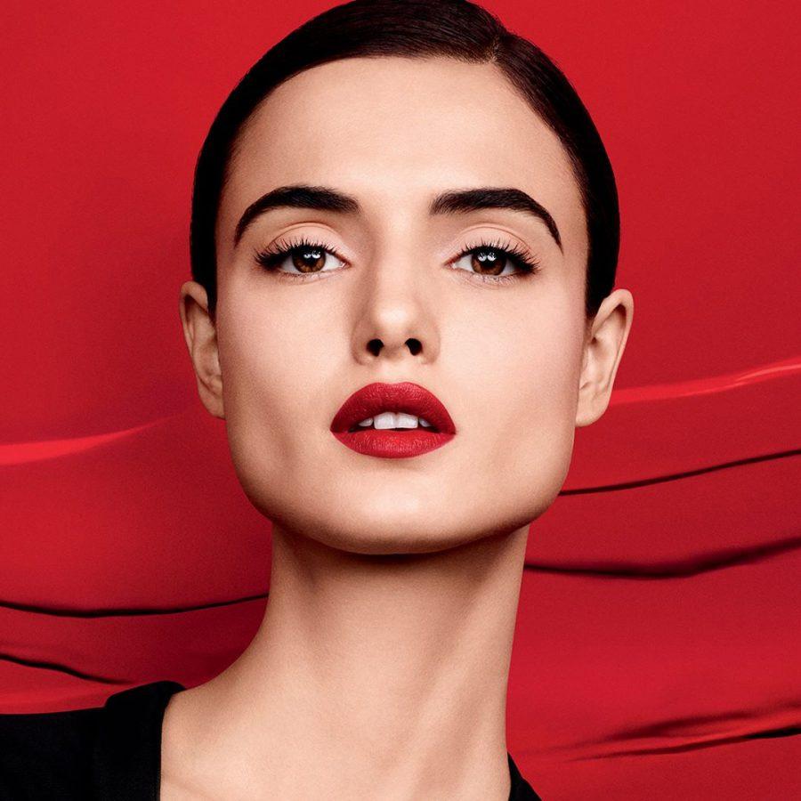 1-blanca_padilla_givenchy_beauty-900x900